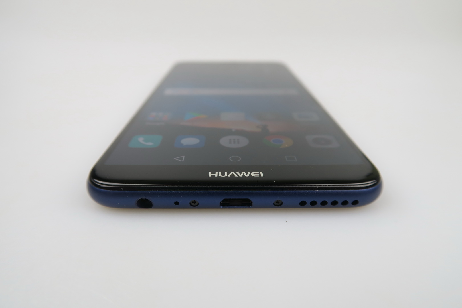 huawei mate 10 lite review more of a selfie phone more compromises than the p10 lite. Black Bedroom Furniture Sets. Home Design Ideas