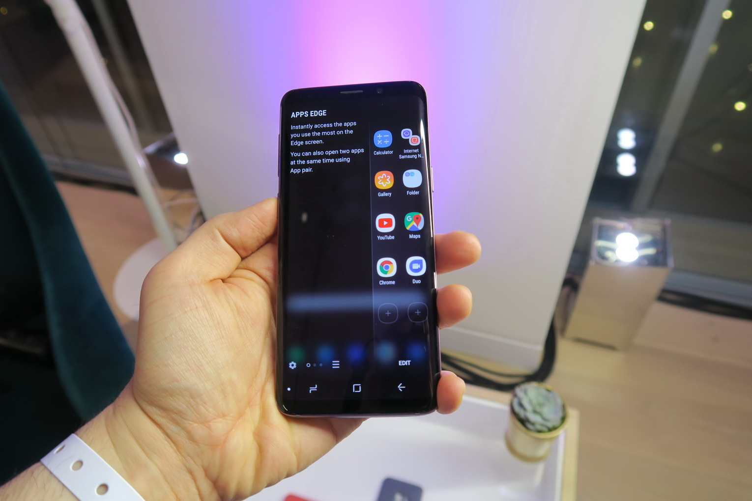 MWC 2018: Samsung Galaxy S9+ Hands on Review: Dual Camera