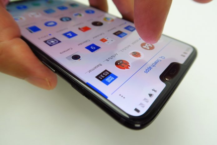 OnePlus 6 Review: Doing Its Own Thing Again, Lots of